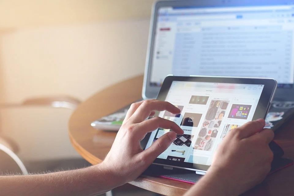 agentie redactare articole - servicii profesionale de content writing