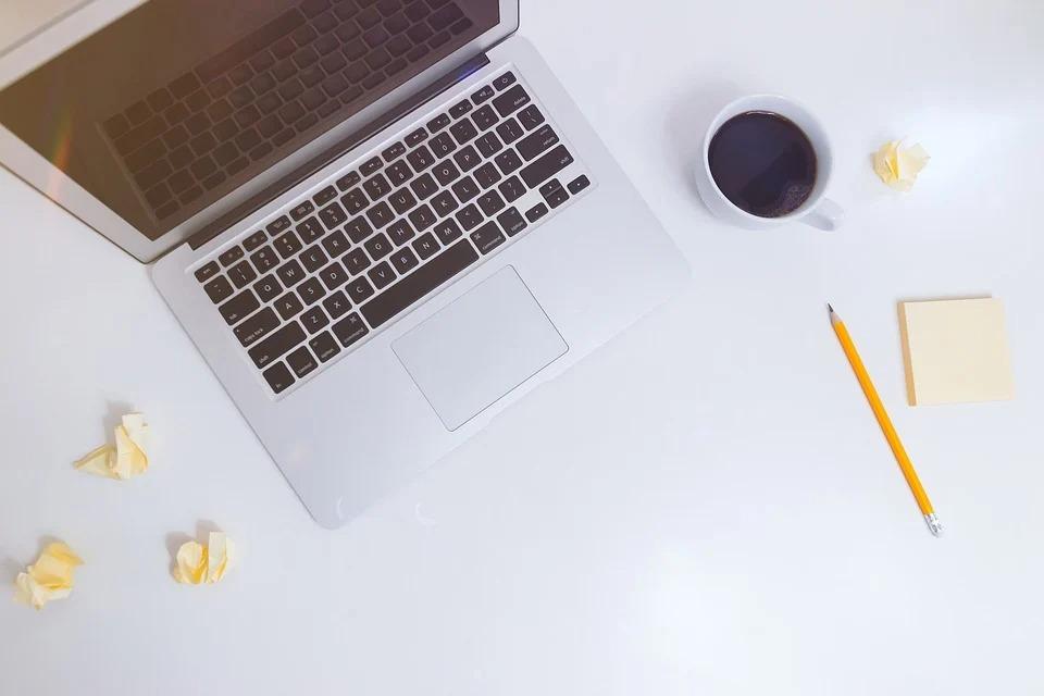 caut content writer - agentie profesionala redactare articole