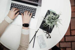 firma redactare articole - servicii profesionale content writing